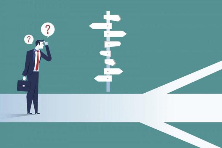 ۵ کاری که باید قبل از اخذ تصمیمهای مهم و پرریسک انجام دهید